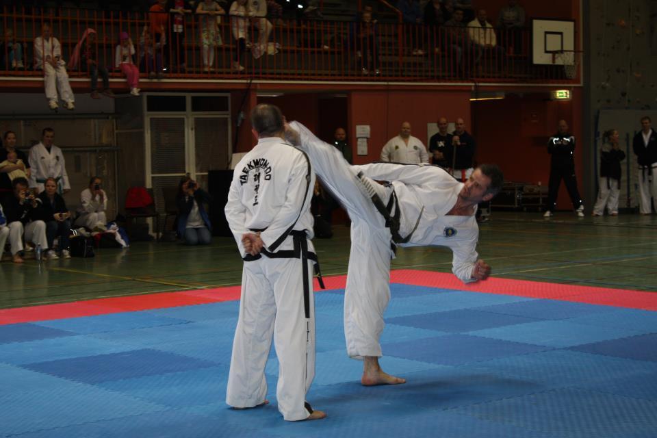 Demonstrasjon Master Svendsen - Spinning Heel Kick