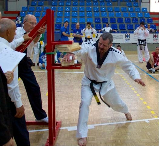 Master Svendsen Gull knusing